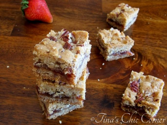 10-2Strawberry Peacan Bars