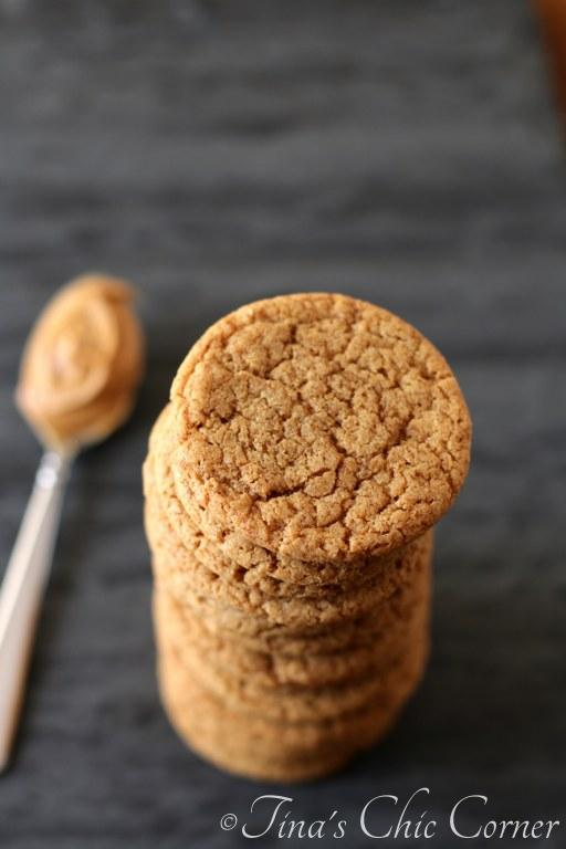 05Flourless Peanut Butter Cookies