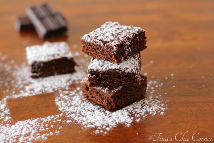 07Light Fudgy Brownies
