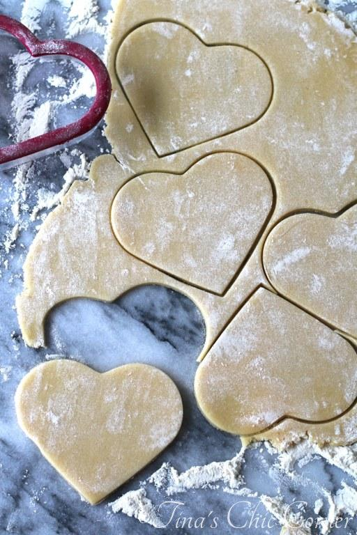 Black and White Heart Shaped Sugar Cookies02