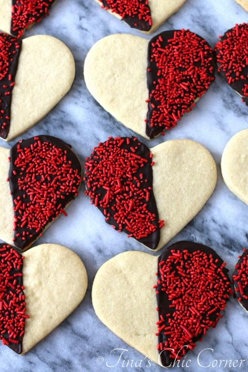 Black and White Heart Shaped Sugar Cookies03