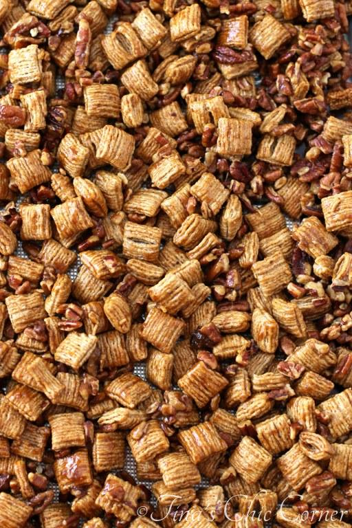 Praline Pecan Crunch Snack Mix03