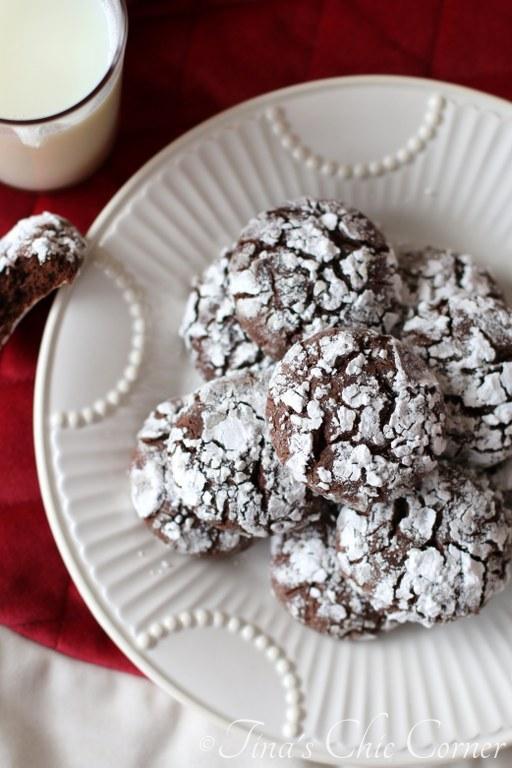 Chocolate Crinkle Cookies10