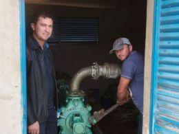 Gilso Paz acompanha manutenção de adutora localizada no Polígono do Erval