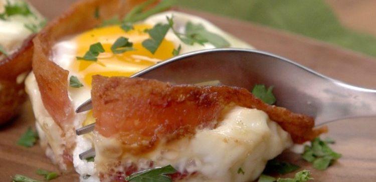 Bacon & Egg Baskets