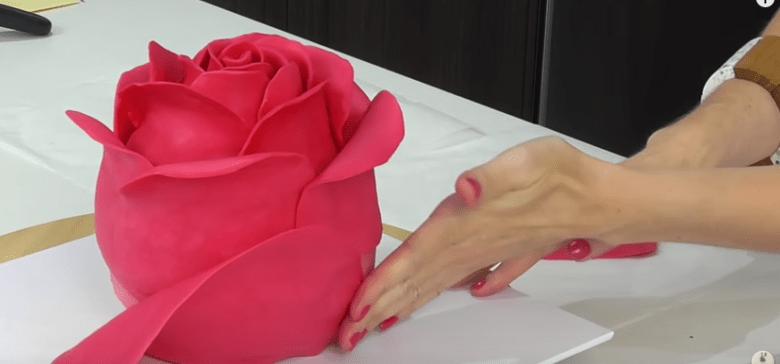 RoseCakeCrafting