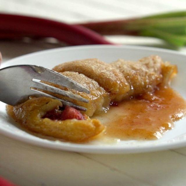 Still_1_Stawberry_Ruhbarb_Dumplings