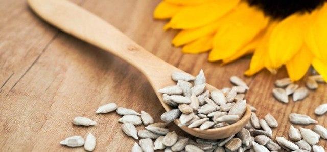Image of sunflower seeds.