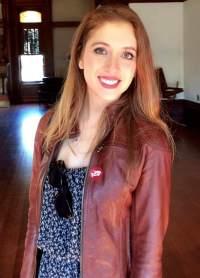 Deanna Bio Pic