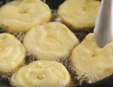 Apple fritters for Hanukkah.