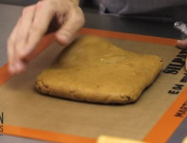 How to roll cookie dough correctly.