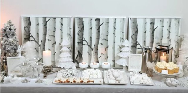 white holiday tablescape