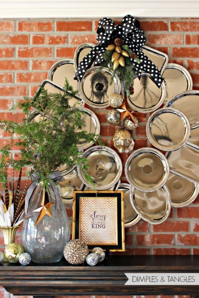 Wreath made of trays.