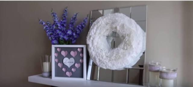 Valentine\'s wreath