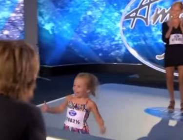 Image of little girl on American Idol.