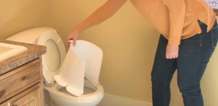 Image of woman with urine splash.