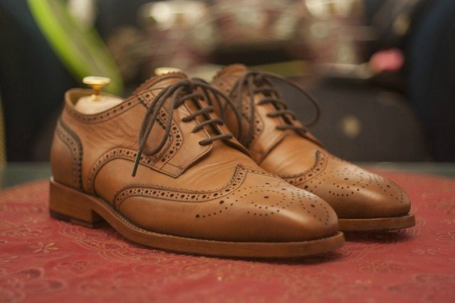 Image of men's dress shoes.