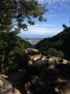 ロックガーデン主稜に出たところからの眺め。