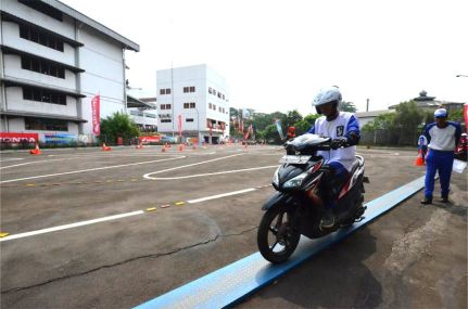 Safety-Riding-Competition-g