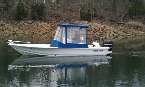 Equipment jay 39 s striper guide service for Tennessee fishing license price