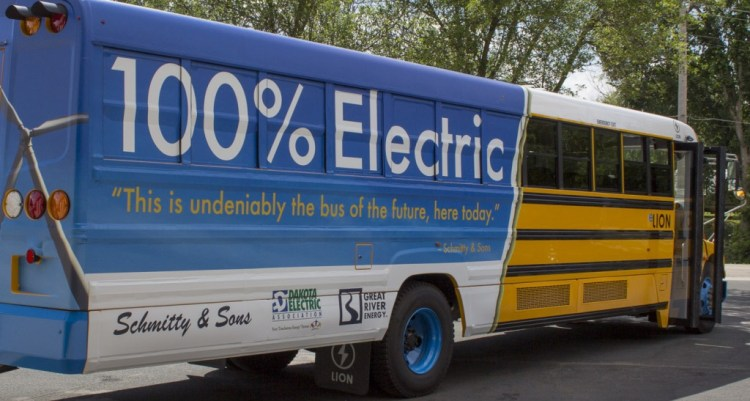 An electric school bus. (Photo via SKNIS)