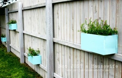 Fence container gardening planters