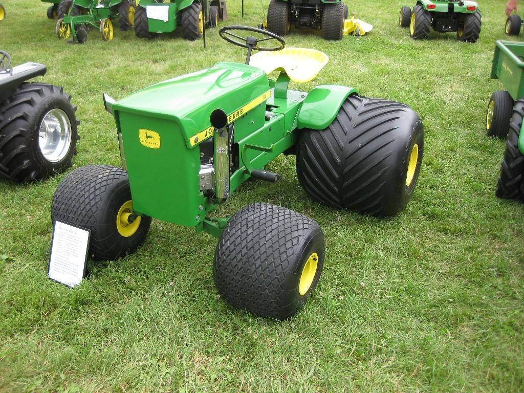 U201cweekend Of Freedom U201d Celebrating 50 Years Of John Deere The Lawn Tractor