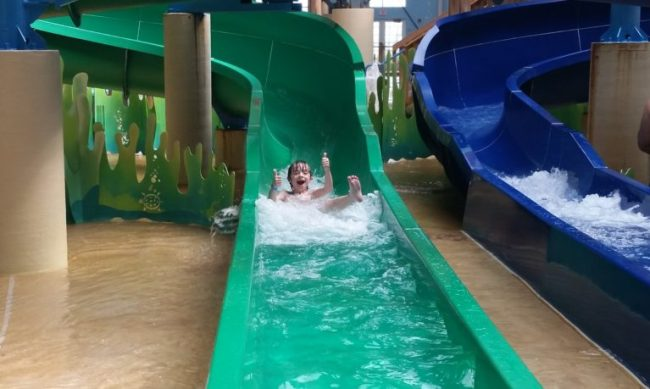 Blue Harbor Resort - waterpark - thumbs up
