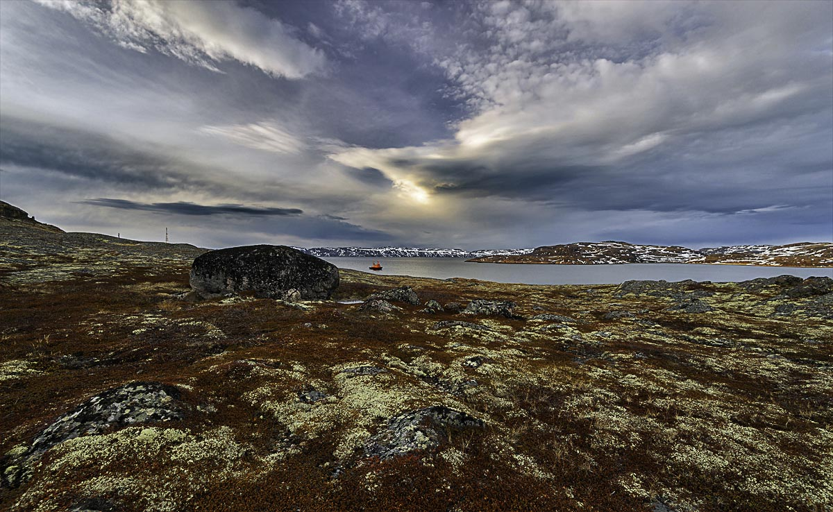 Teriberka settlement. The Barents Sea