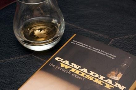 libro-whisky-canadiense