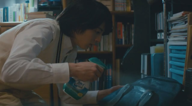 Micchy from Gaim, Mahiro Takasugi, Stars in Japanese Febreze Commericals