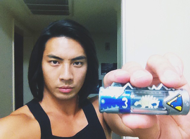 Kyoryu Blue's Actor Wishes Dino Charge Blue Ranger Good Luck