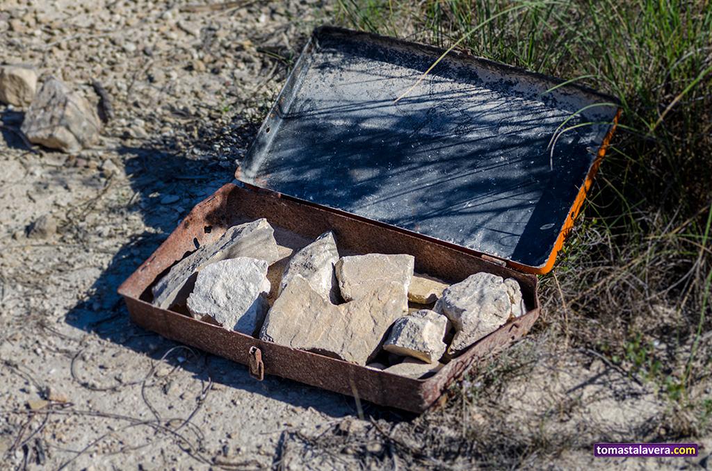 maletin-piedras