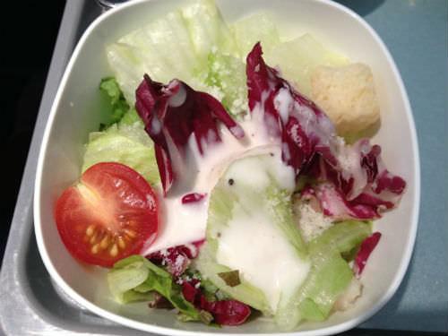 大韓航空の機内食 サラダ
