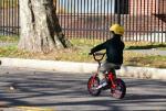 子供が自転車を安全に乗るために必須の3アイテムと選ぶポイント