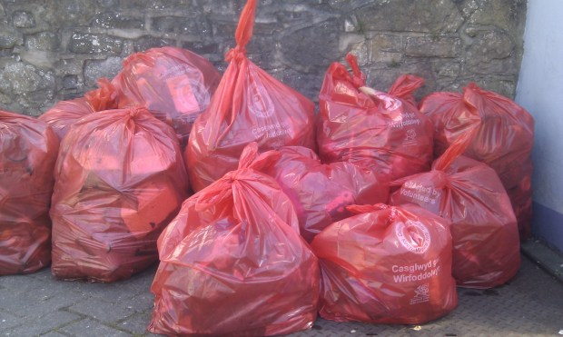 Rubbish collected at Spring Litter Pick