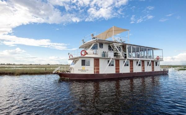 Pangolin Voyager houseboat