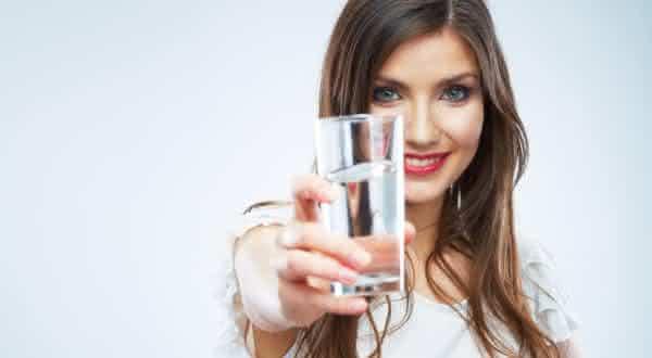previne depressao entre as razoes para beber mais agua