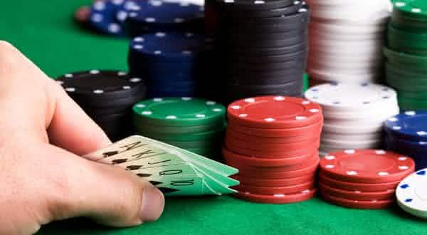 poker entre as razoes estupidas para pedir divorcio
