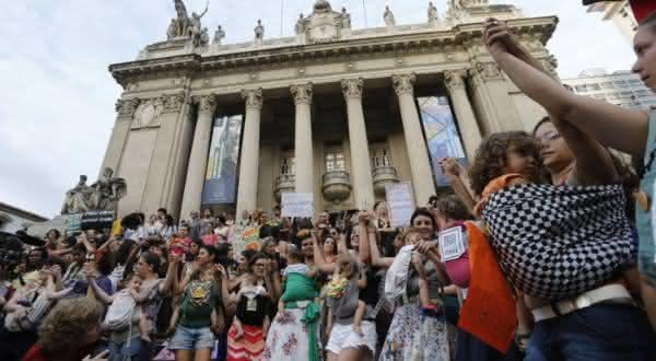 brasil entre os paises com maior populacao feminina