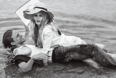 caroline-trentini-anna-ewers-charlie-hunnam-by-bruce-weber-for-vogue-us-december-2014-3