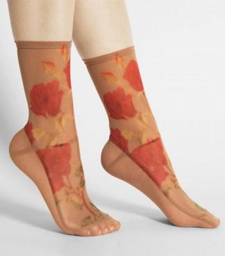 darner caramel roses mesh socks
