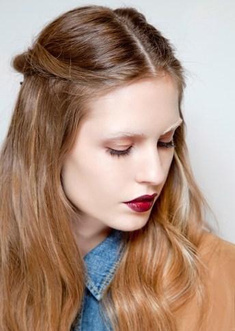 light-brown-hair-maroon-lip