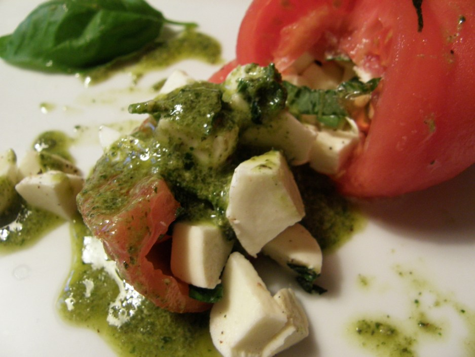 صوص البيستو .. Pesto Sauce P5220207s.jpg?zoom=1