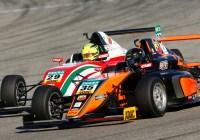 Duell zwischen Kami Laliberté (35) und Mick Schumacher (29) © ADAC Motorsport