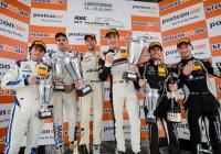 Das Siegerpodest des ersten Rennens auf dem Lausitzring © ADAC Motorsport