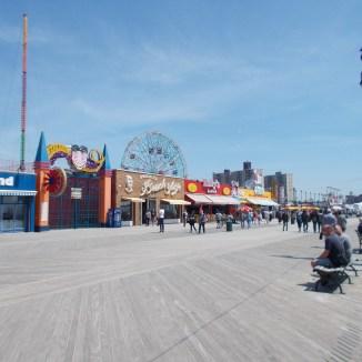 Coney Island : plage et parc d'attractions
