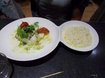 Merlu poché avec risotto au parmesan