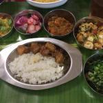 まりこさんのご飯会でいろいろなインド料理をいただきました。