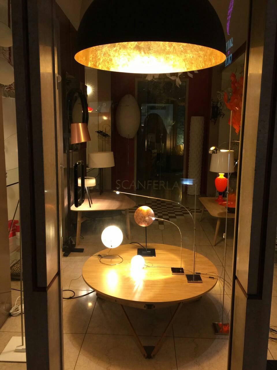 モダンで洗練されたイタリア家具が揃う「Scanferla」トリノ